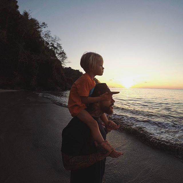 Тимати растрогал поклонников умилительными фото с дочерью Алисой