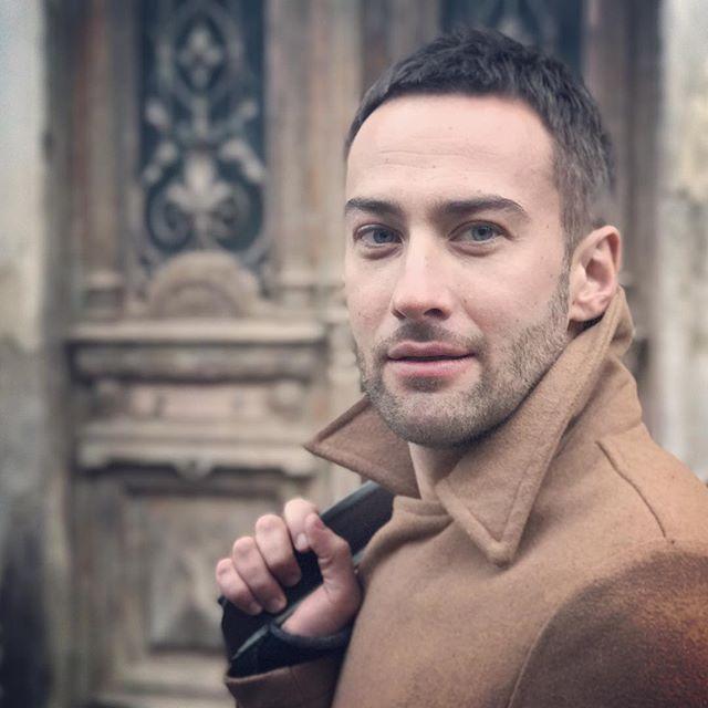 В сети обсуждают новый роман Дмитрия Шепелева с таинственной блондинкой