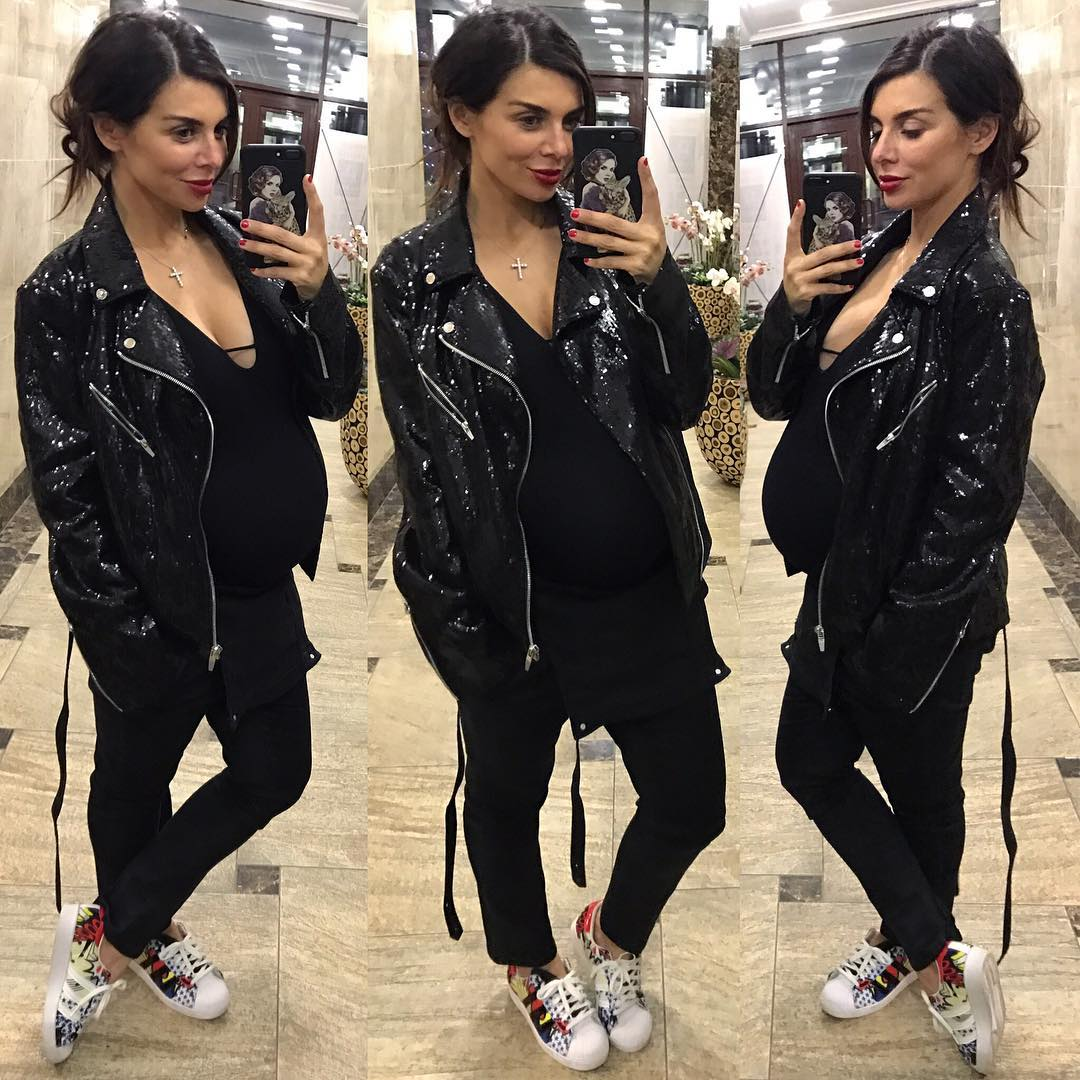Беременная Анна Седокова