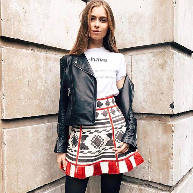 В стиле fashion: внучка Софии Ротару восхищает красивыми снимками с путешествий по Европе
