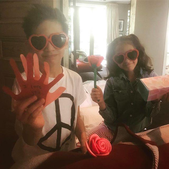 Мамина зефирка: Дженнифер Лопес опубликовала нежное фото с дочерью
