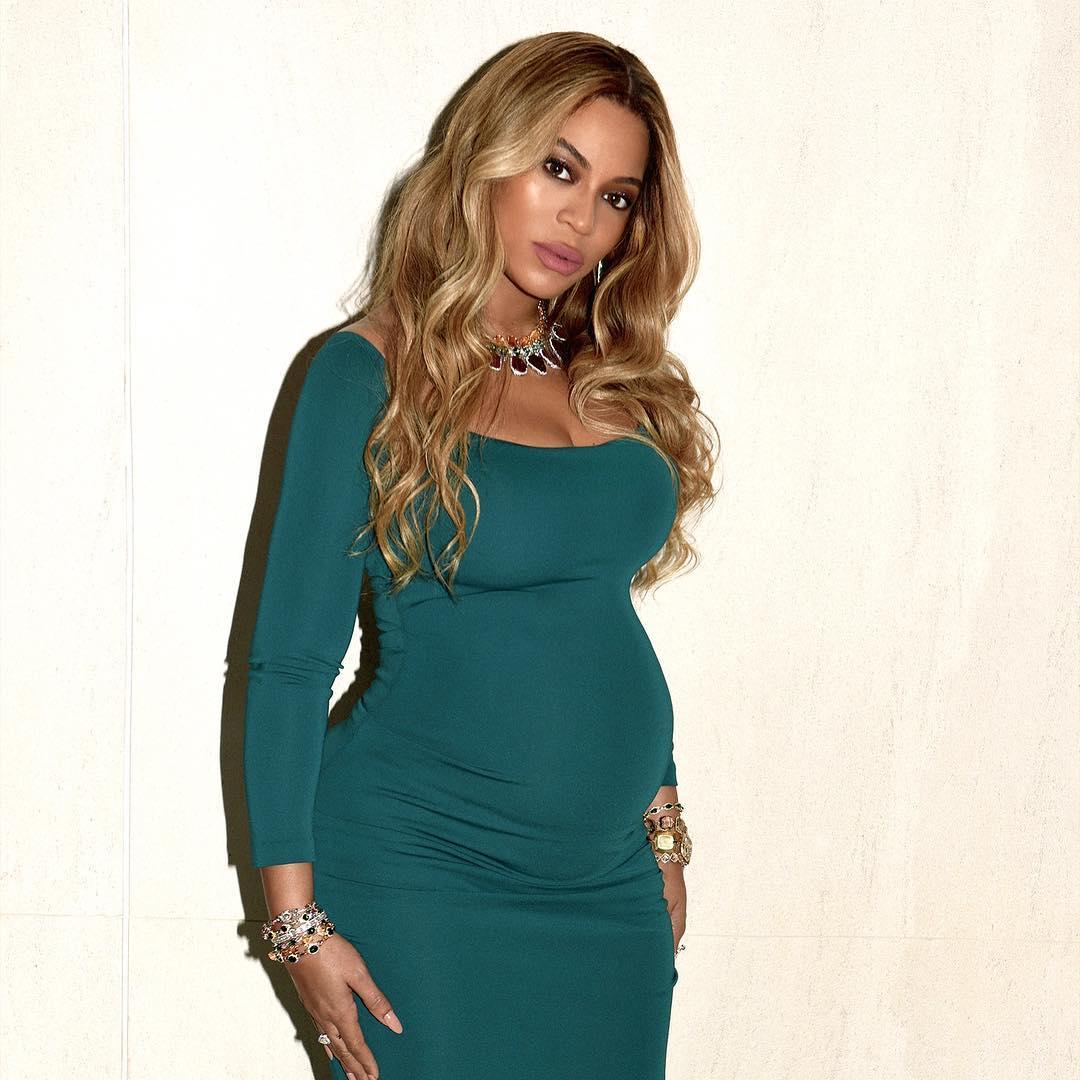 СМИ: Бейонсе сложно переносит беременность двойней