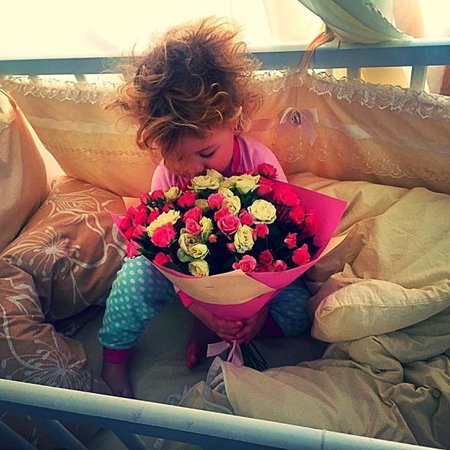 """Яна Соломко троагтельно поздравила дочь с двухлетием: """"Это были самые счастливые 2 года в моей жизни!"""""""