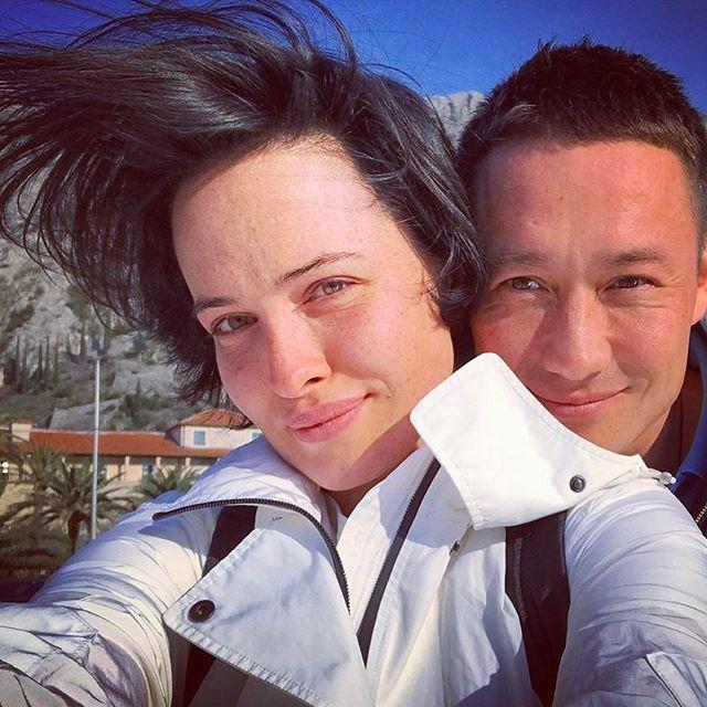 Даша Астафьева засыпала сеть романтическими снимками со своим возлюбленным