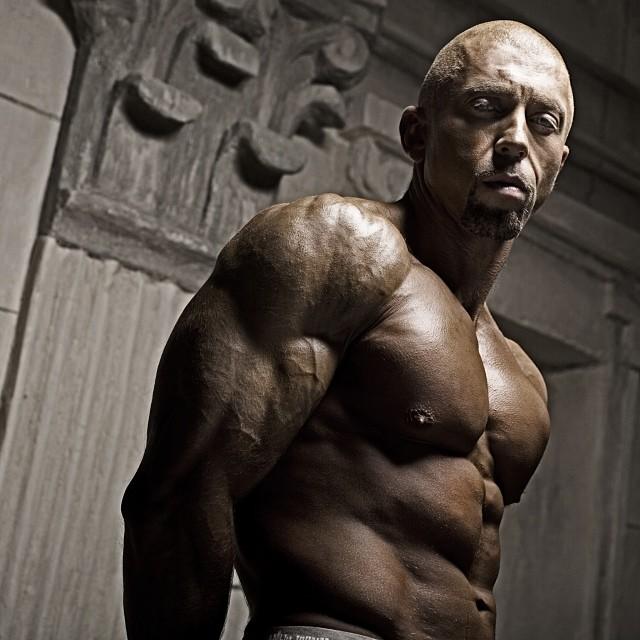Серега похудел на 15 кг ради роли в кино