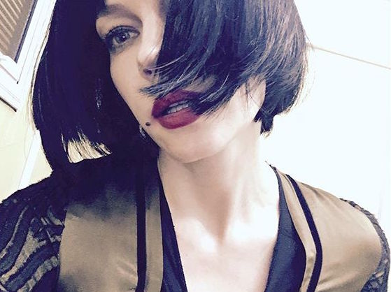 Каре и черные волосы: Светлана Ходченкова изменилась до неузнаваемости