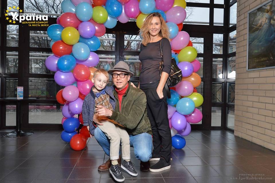 Семен Горов с женой Яной Помазан и сыном Ваней