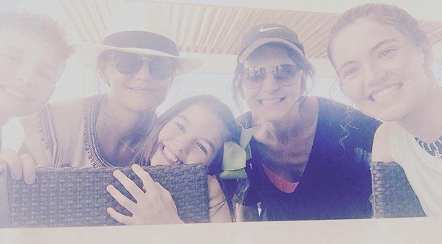 Девочка-красотка: Кэти Холмс показала подросшую дочь Сури Круз