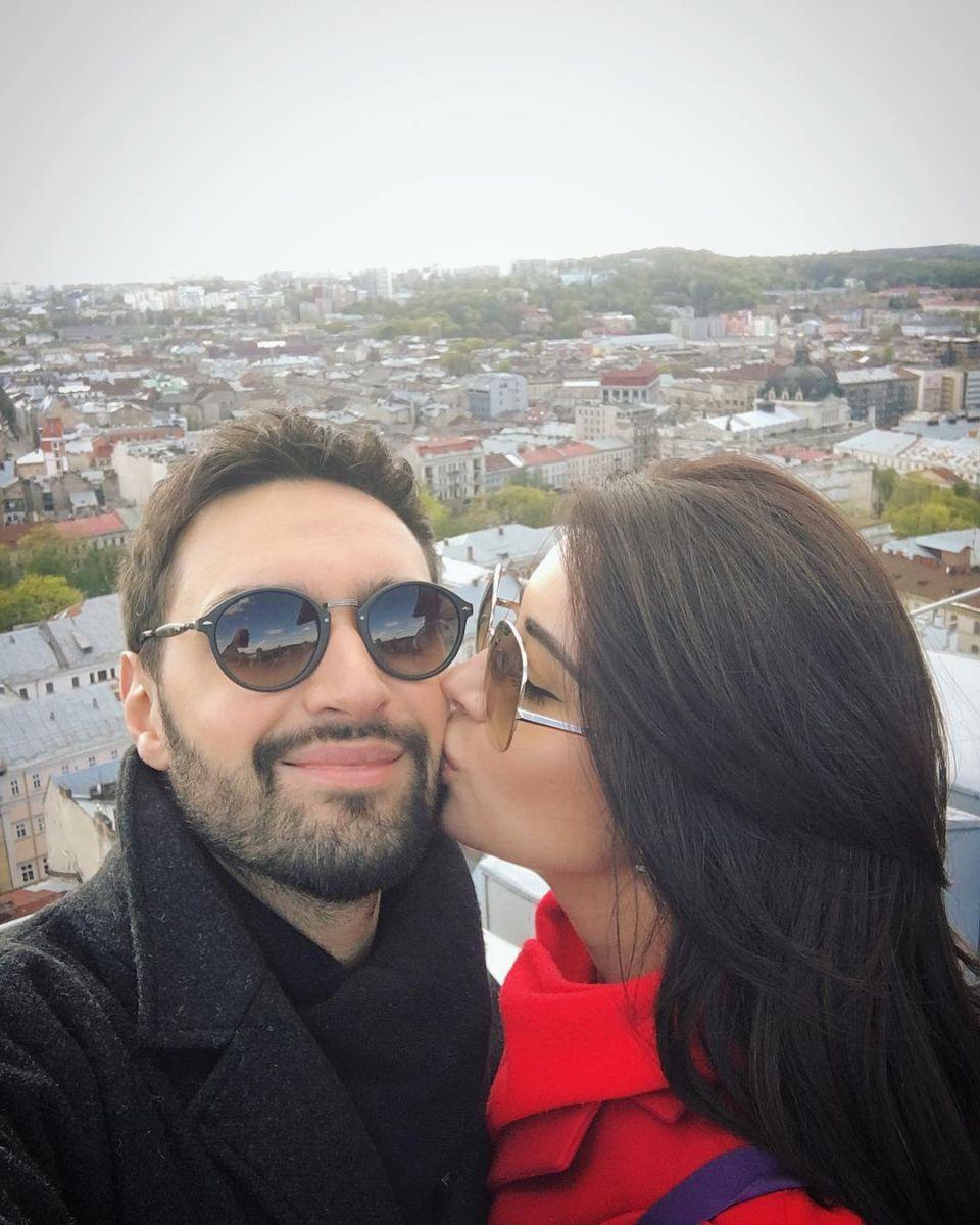 Несмотря на запрет: Виталий Козловский планирует уехать заграницу в свадебное путешествие