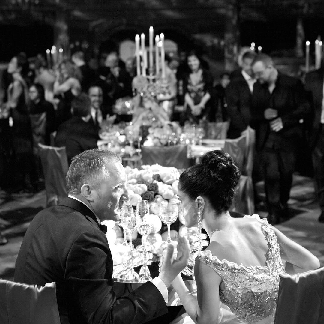 Сальма Хайек показала редкие снимки со своей свадьбы