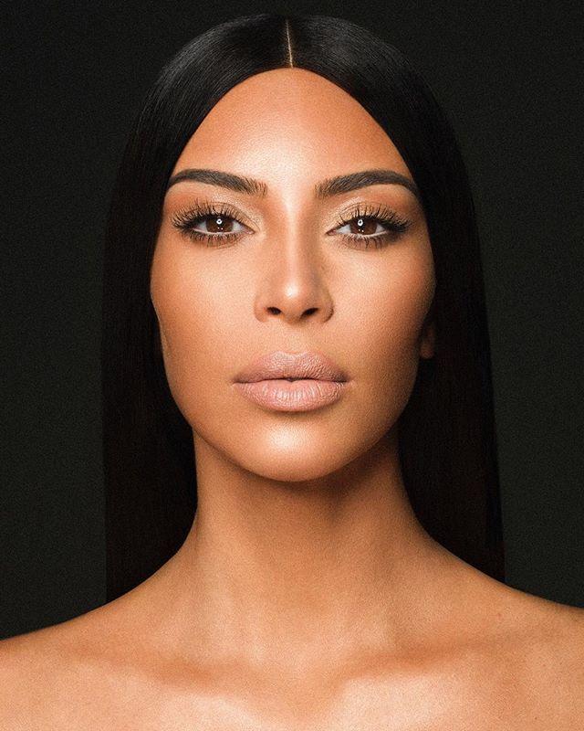 Больше не королева: Ким Кардашьян начала катастрофически терять поклонников в Instagram