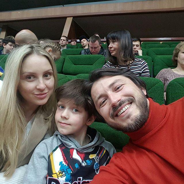 Семейные уикенд: Сергей Притула провел выходные с сыном и молодой женой