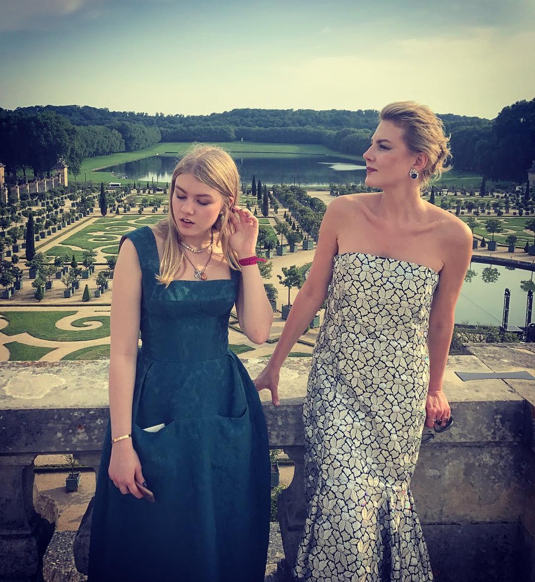 Рената Литвинова опровергла слухи о своей свадьбе с Земфирой