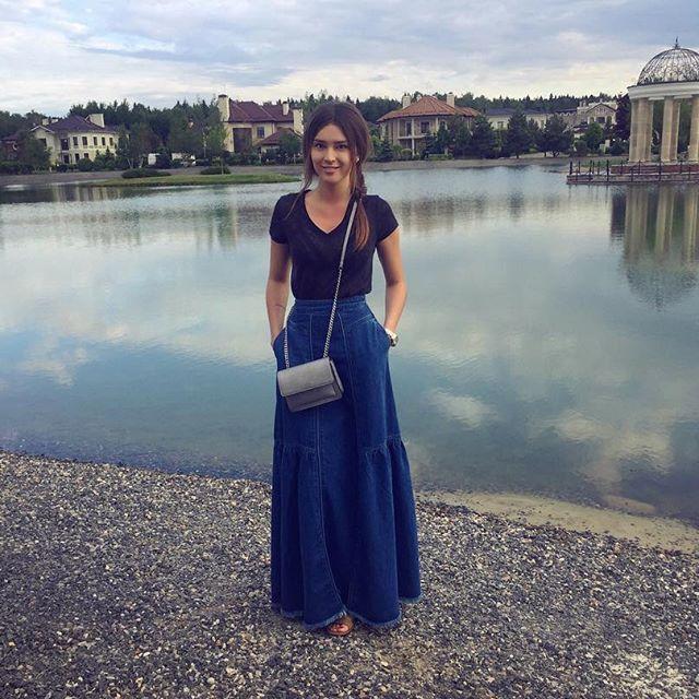 В сеть попали снимки новой красавицы-возлюбленной Алексея Чадова