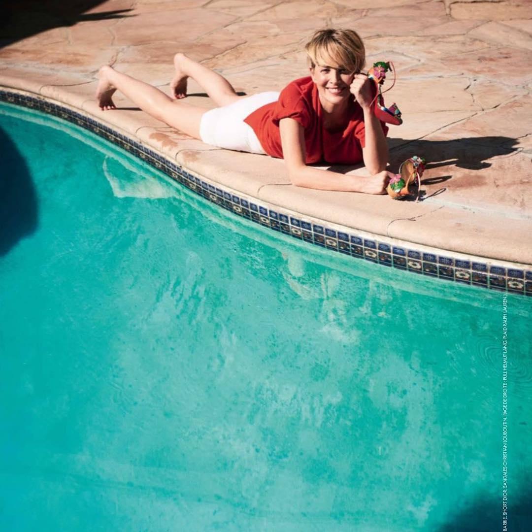 59-летняя Шэрон Стоун восхищает фигурой в купальнике