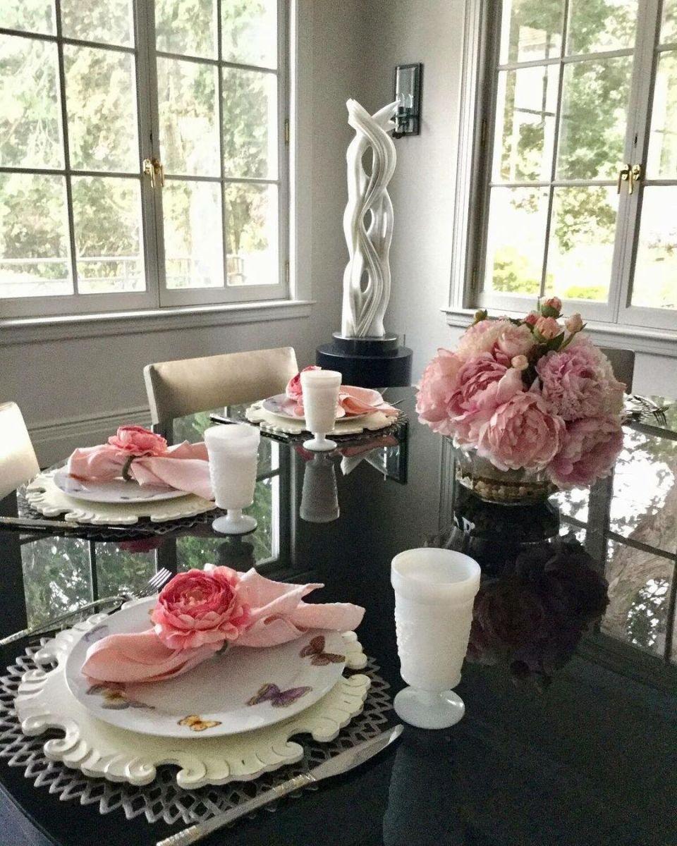 В гостях у знаменитости: Кэтрин Зета-Джонс показала свою роскошную кухню