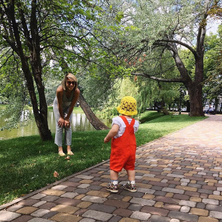Редкий случай: Анита Луценко поделилась фотографией дочки Мии