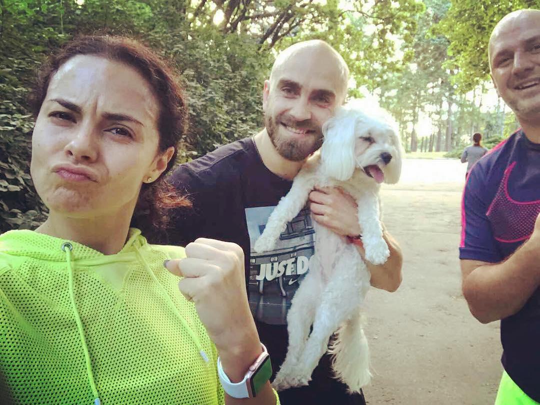 Вместе по жизни: Потап и Настя на пробежке в киевском ботсаду