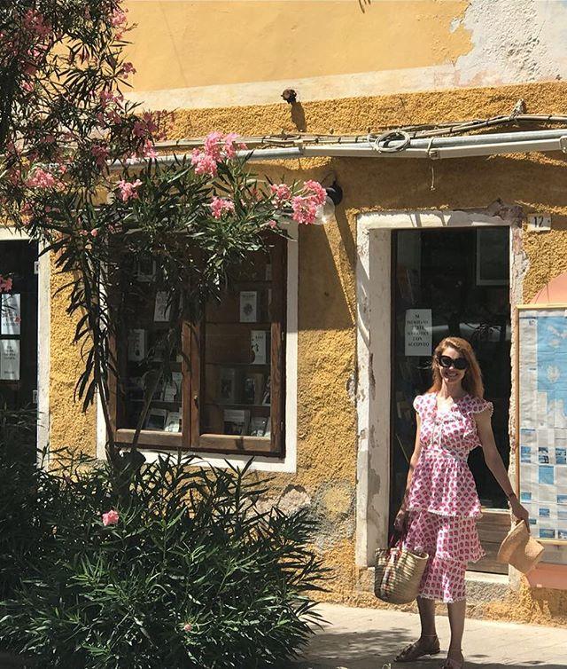 Романтические каникулы: Наталья Водянова и Антуан Арно отдыхают в Италии