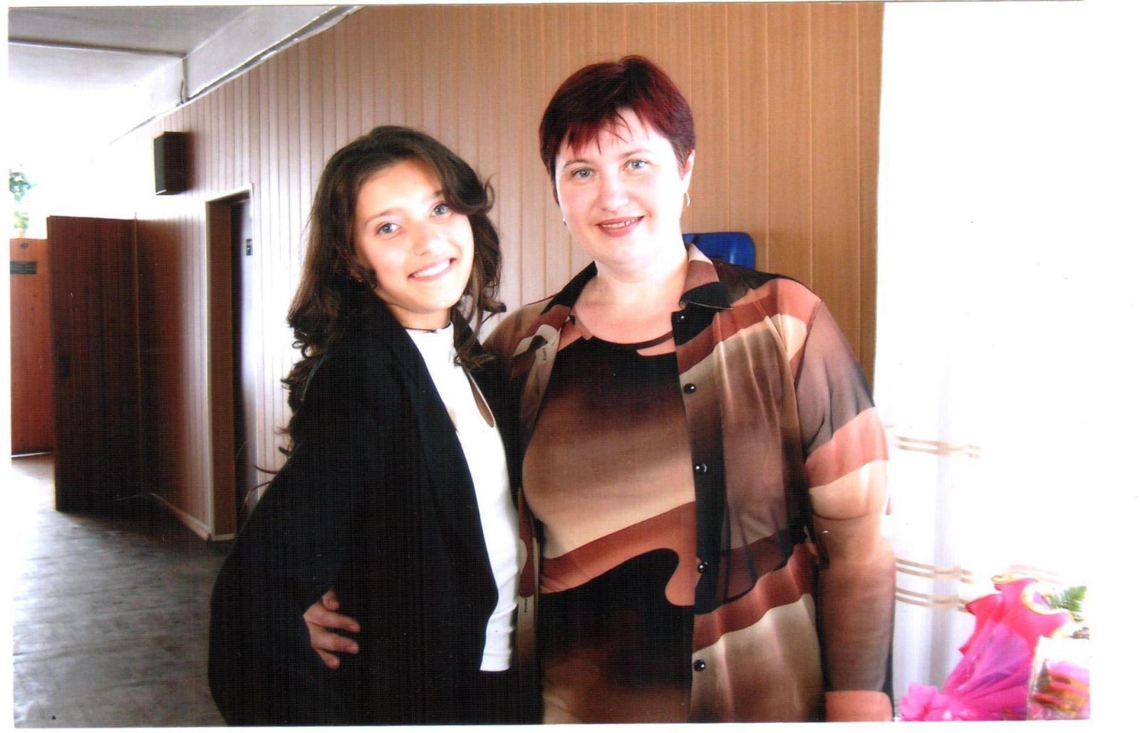 ведущая шоу Орел и Решка Регина Тодоренко в школе