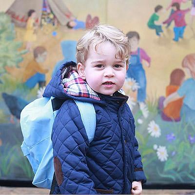 Само очарование: Кейт Миддлтон показала первые снимки принца Джорджа в детском саду