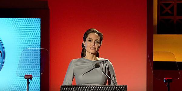 Анджелина Джоли публично раскритиковала Дональда Трампа