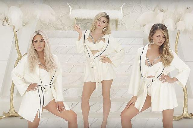 Ким Кардашьян, Алессандра Амбросио и другие звезды снялись в клипе Ферги M.I.L.F.