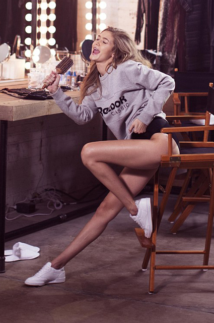 Какие ноги: Джиджи Хадид восхищает поклонников  в новой рекламной кампании