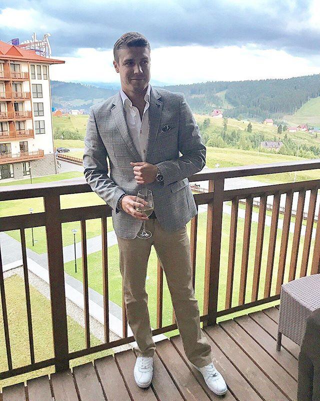 Все серьезно: экс-Холостяк Дмитрий Черкасов сделал предложение своей девушке