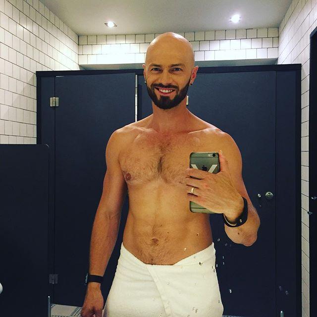 Какое тело: Влад Яма опубликовал фото после душа