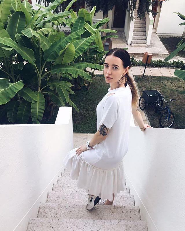 Семейный отдых: Надя Дорофеева веселится с мамой в Турции