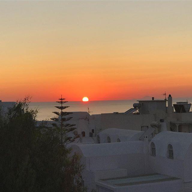 Греческие каникулы: Ева Лонгория поделилась яркими фото с отдыха