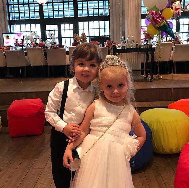 Алла Пугачева и Максим Галкин пышно отметили четырехлетие своих детей: первые фото с праздника