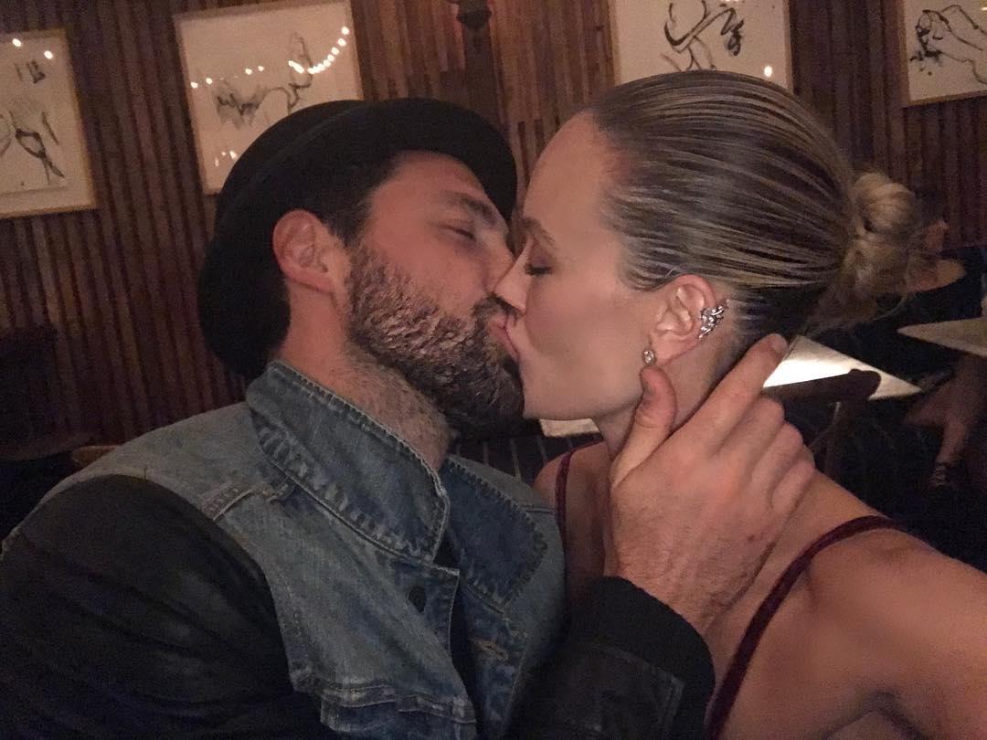 Максим Чмерковский и его жена публично признались друг другу в любви