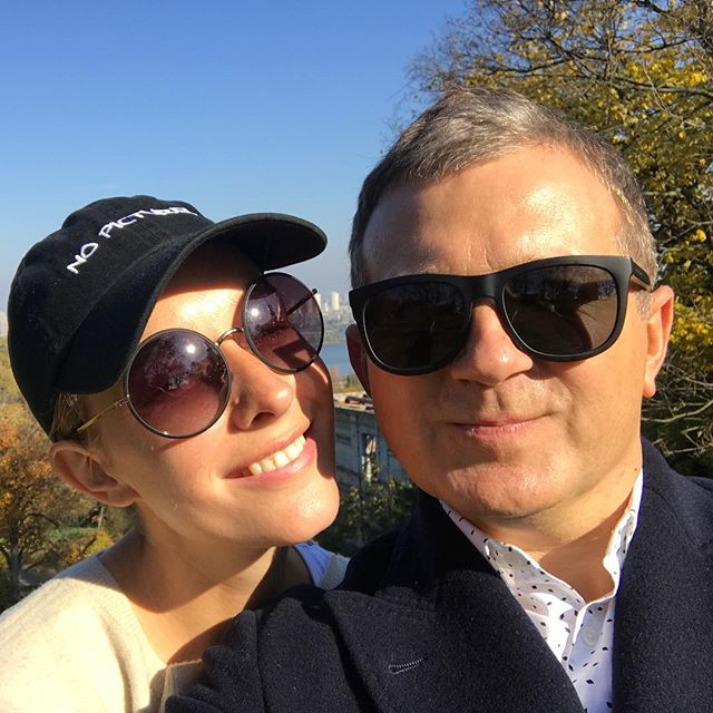 Редкий случай: Юрий Горбунов опубликовал общее фото с женой Катей Осадчей