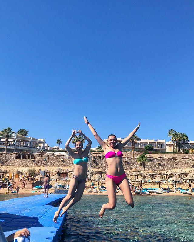 36-летняя Тоня Матвиенко показала подтянутую фигуру на отдыхе в Египте