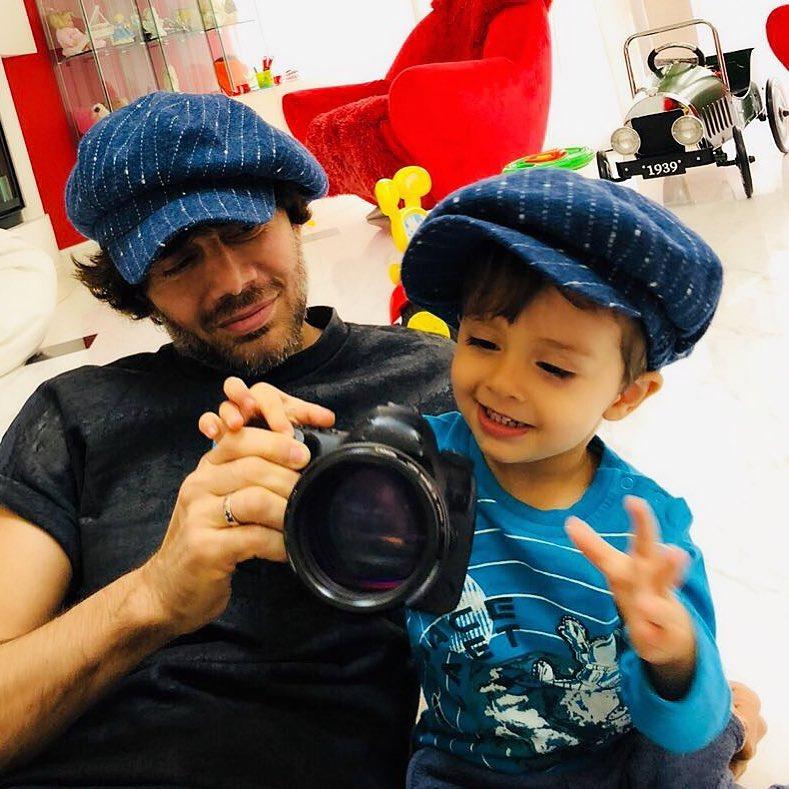 фотографии сына аслана ахмадова можно как
