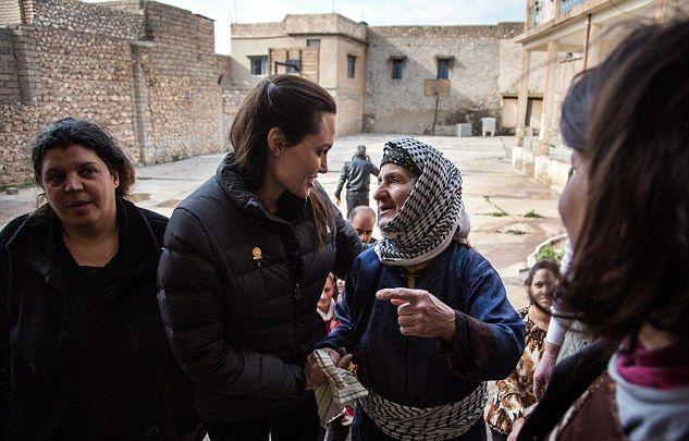 Анджелина Джоли признана самой уважаемой женщиной в мире