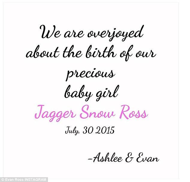 Эшли Симпсон стала мамой во второй раз