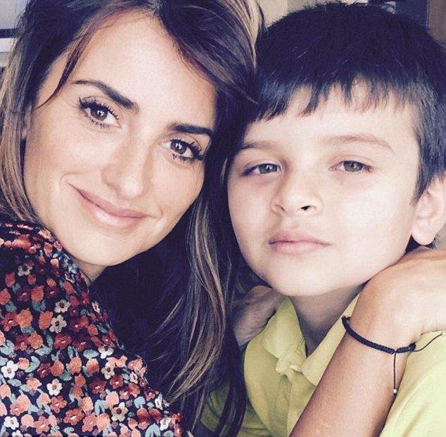 Пенелопа Крус зарегистрировалась в Instagram, чтобы спасти жизнь ребенку