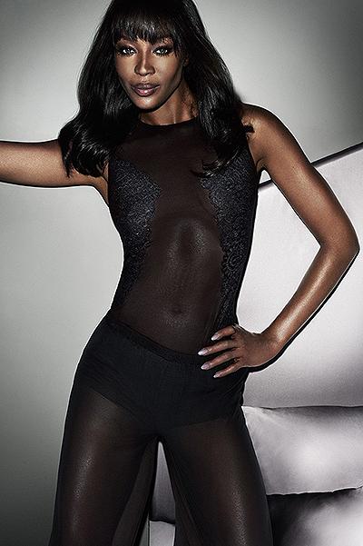 45-летняя Наоми Кэмпбелл показала соблазнительные формы в рекламе белья