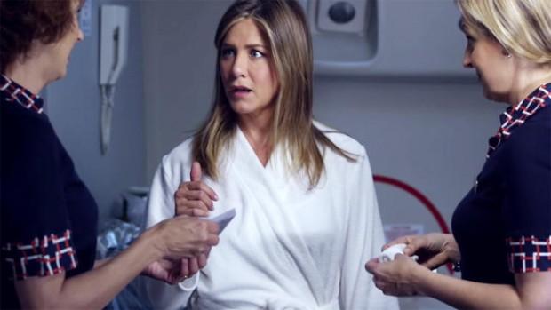 Дженнифер Энистон осудили за участие в неоднозначной рекламе