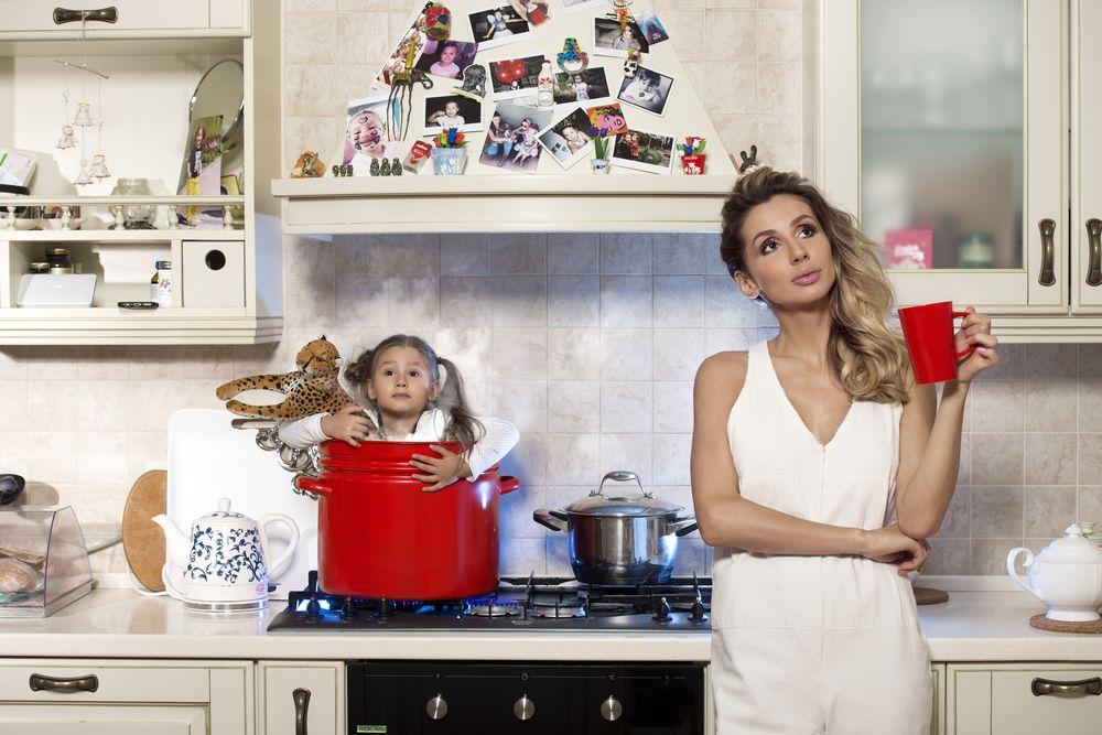 Светлана Лобода и ее дочь Евангелина: первая фотосессия для журнала Viva!