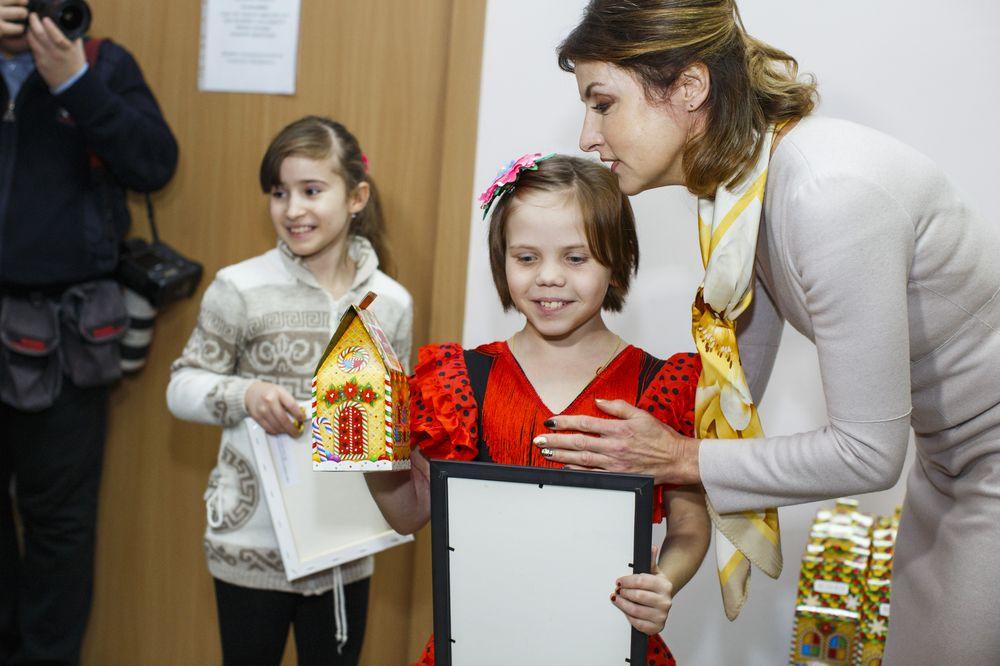 Марина Порошенко, Габриэлла Массанга, Слава Соломка: гости детского праздника ко Дню святого Николая