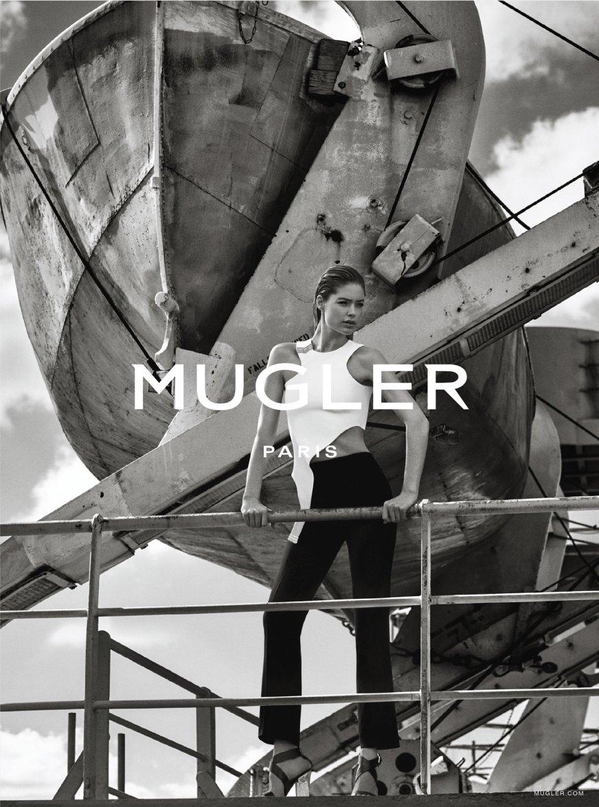 Даутцен Крус демонстрирует силу и характер в фотосессии для модного бренда