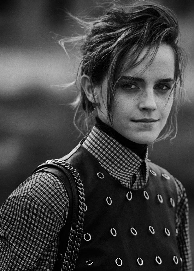 Черно-белый шик: Эмма Уотсон снялась в роскошной фотосессии для глянца