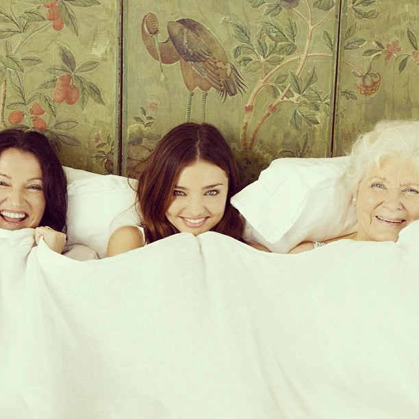 Миранда Керр с мамой Терезой и бабушкой Энн