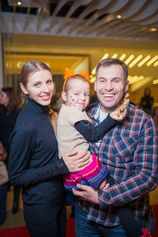 Геннадий Попенко с семьей