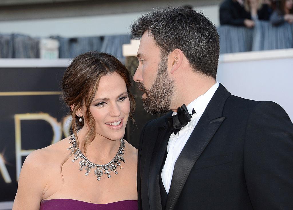 Дженнифер Гарнер официально подала на развод с Беном Аффлеком