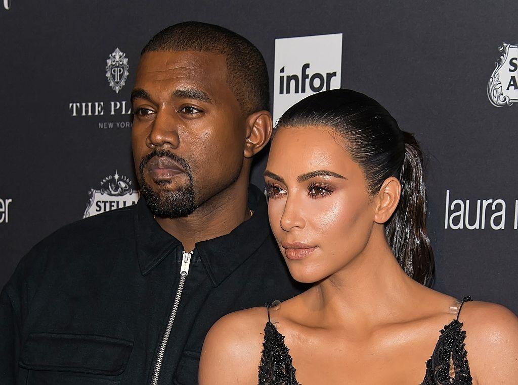 Официально: Ким Кардашьян и Канье Уэст подтвердили, что ждут третьего ребенка